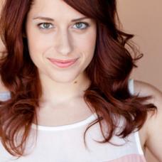 Angela Gulner as Maci