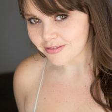 Ashley Walter as Lauren